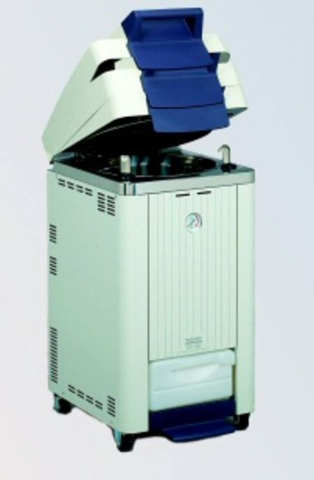 Tomy top-loading autoclaves